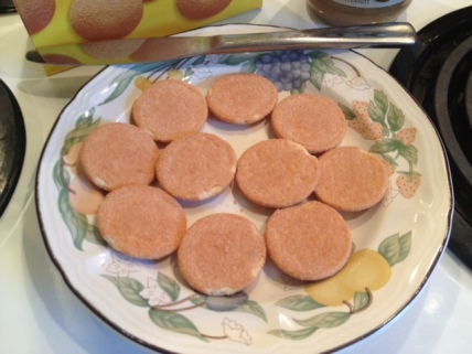 nilla wafers on a plate