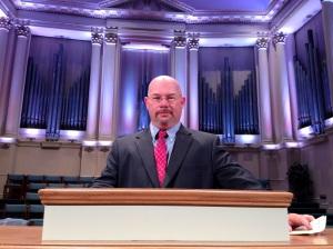 pipe organ preacher