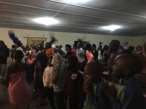 Lively and energetic African worship at Chinhoyi Baptist.